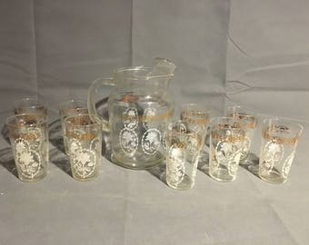 Vintage Federal Glass Company Glass Pitcher with matching 9 Glass Cups Tumblers White & Gold Floral Flowers