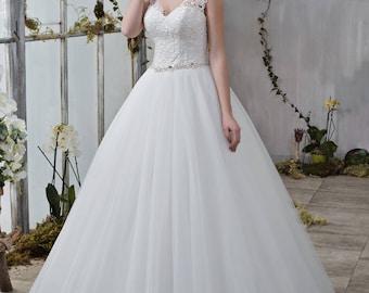 Wedding dress wedding dress bridal gown LIORA princess dress ivory beadwork