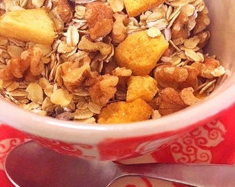 Country Muesli | Peach-Walnut Cereal with Sesame & Cinnamon | VEGAN