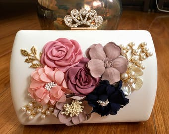 Princess Designed Clutch Bag. Perfect Gift For Wedding, Anniversary, Valentine's Day. Available 2 colors: White and Black.