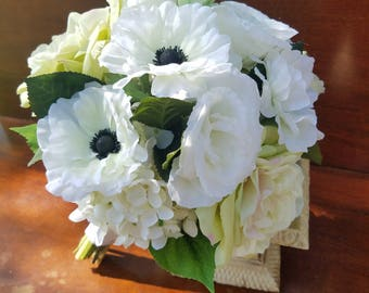 White Anemone Bridal Bouquet, White and Green Bridal bouquet, Garden Rose and Anemone Bridal Bouquet with Matching Boutonniere
