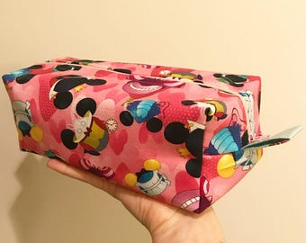 Box Zipper Bag: Mickey Heads ( Alice )