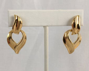Avon Door Knocker Drop Gold Tone Pierced Vintage Earrings
