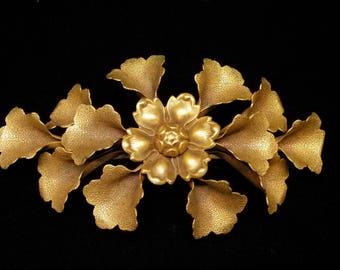 Vintage Large Gold Tone Brass Floral and Trumpet Flowers Brooch Pin