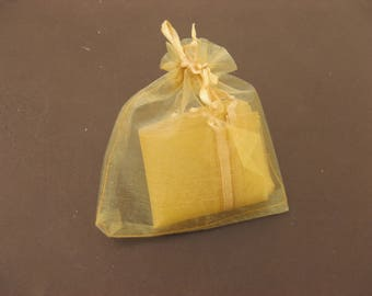 organza bag Golden 7.5 cm * 5 cm in packs of 10