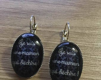 "Earrings ""I'm a MOM who rocks"""