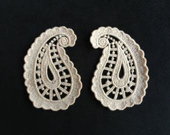 Quality appliquesx2 lace embroidered with beige embroidery thread