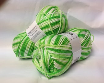 lot 10 skeins wool /Cheval white / green shade / made in FRANCE