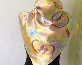 Very original vintage 50s - 60s satin scarf