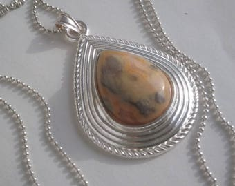 Marbled agate - on bail and sterling silver drop pendant shape