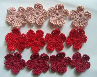 Crocheted cotton flowers red tone with 12 appliques.