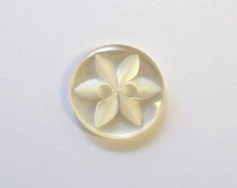 Button star 11 mm x 100 cream 2 holes - 001595
