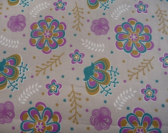 Beige flowers IZIA fabric Collection Gypsy turquoise-lime-plum