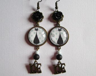 """""""Le Chat"""", hanging earrings, bronze cabochon, costume jewelry"""
