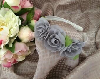 Headband with gray flowers