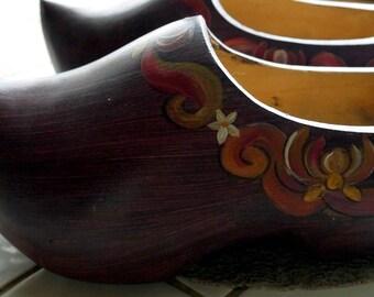 Old hooves painted folk style, folk art