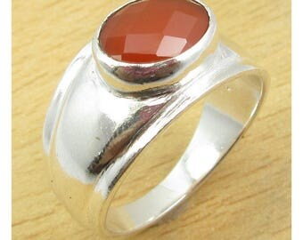 Sterling 925 Silver and carnelian ring - size 55
