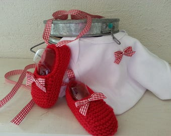 Duo: Toes unbalanced 3-6 months accented with a gingham & matching Bodysuit - bow booties