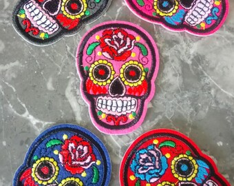 Fusible badge 1 head skull