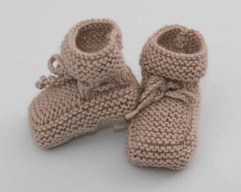 Wool slippers for baby, handmade, beige