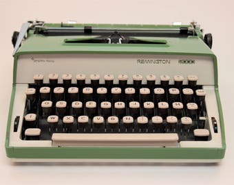 Vintage Restored Fully Working Typewriter, Remington Typewriter, Green Typewriter, Remington 2000, Sperry Rand