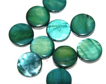 10 green disc Pearl 10 mm beads
