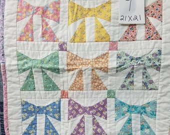 Bows Reproduction fabric