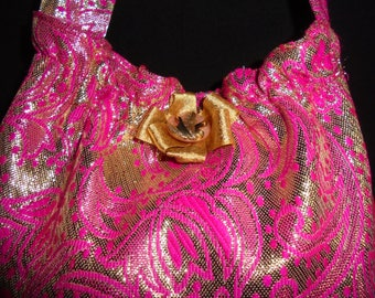 SENDING quick evening bag vintage, new year's Eve hot pink neon and gold over the shoulder.