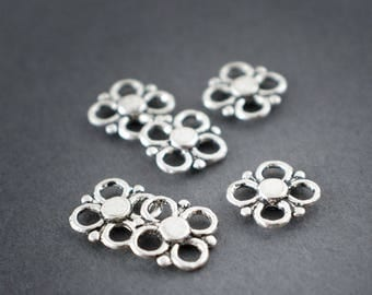 6 pcs - connectors openwork intercalires • flowers • Bohemian, ethnic silver 8mm • •