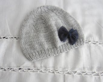"Hat ""1 month"" gray"