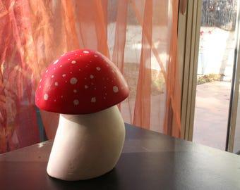 Sculpture champignon. Champignon de décoration. Amanite tue mouche. Champignon décoration de jardin. Décoration pour plantes d'intérieur.