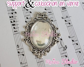 Silver Pendant and a glass cabochon vintage style