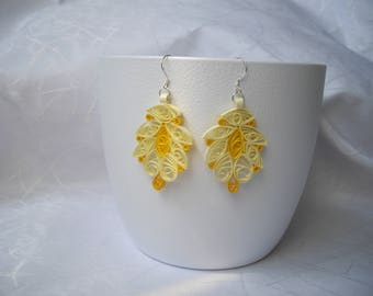 Earrings, quilling, lace effect paper