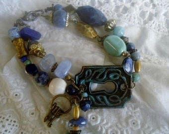 Boho bracelet,Lapis lazuli  and chalcedony bracelet,Gemstones bracelet,Gift for Her