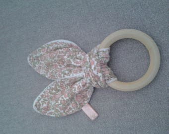 Untreated natural wooden rattle/teething ring