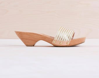Metallic Gold Wood Sandal