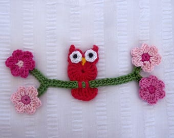 Red OWL on a branch - applique crochet