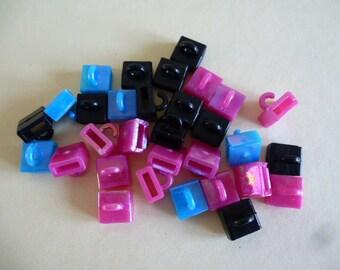 cube shaped hooks for bracelet child monster high set of 5 plastic