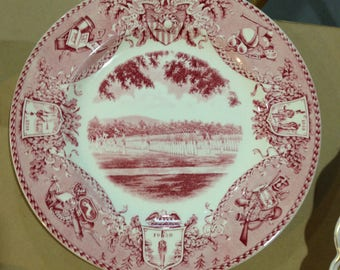 Wedgwood United States Military Academy commemorative plate 'Dress Parade 1933' in Red