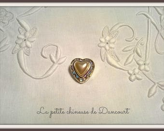 Heart Pearl with Rhinestone button