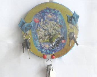 Think hanging keys, round dishcloths in recovery, beast, wall decor