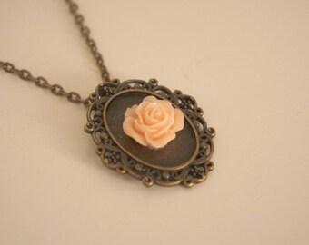 Necklace retro vintage chic - Rosie