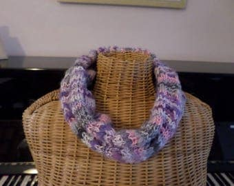 snood knitted in rib 3/5 colors