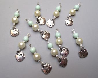 Set of 10 charms beads mixed.