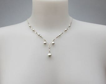 Silver necklace White Pearl and Crystal bead