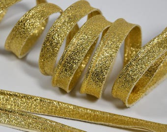 4 m of plain Golden metallic piping 10mm