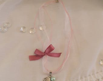 Small organza necklace and charm