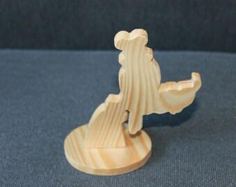 Dingo bust / Goofy wooden pedestal