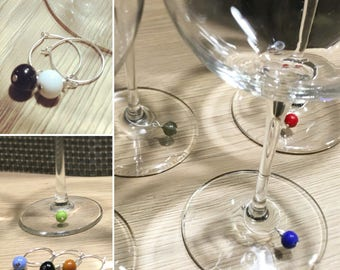 Wire wine charms with 6 Murano glass bead.