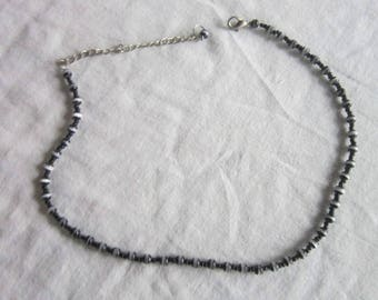 Retro Black & White Art Glass beaded Choker Necklace